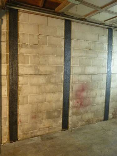 cracks in wall foundation problems